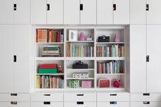 Wall of Ikea 'Stuva' drawers shelves and cabinets. Girl Room, Girls Bedroom, Ideas Armario, Ikea Stuva, Kallax, Study Room Decor, Small Space Design, Ikea Kids, Bedroom Storage