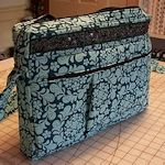 Laptop Tote Tutorial, Impossible, but if someday I get to do it, i'm great. Sewing Tutorials, Sewing Crafts, Sewing Projects, Sewing Patterns, Bag Patterns, Bag Tutorials, Tote Pattern, Wallet Pattern, Pocket Pattern