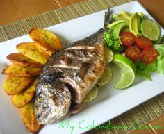 Pescado al Horno or Roast Fish Colombian Dishes, Colombian Cuisine, Roast Fish, West African Food, Good Food, Yummy Food, Delicious Dishes, Comida Latina, Cooking Recipes