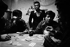 Patrick Zachmann. TAIWAN. Taishung. 1987. Illegal gambling.