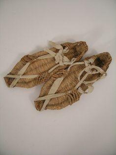 Ten Commandments Hebrew's Sandals : Lot 40F