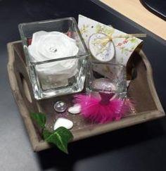 Des plateaux déco... Cadeau à offrir ou à s'offrir ! En savoir plus sur http://www.artifleurs-fleurs-artificielles.com/#sVIK50CkxO9YdvX8.99