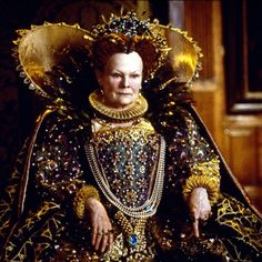Dame Judi Dench as Queen Elizabeth I, in Shakespeare in Love. Shakespeare In Love, Movie Costumes, Cool Costumes, James Bond, Duchess Georgiana, Period Piece Movies, Isabel I, Sandy Powell, Rupert Friend