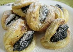 Hungarian Desserts, Hungarian Cake, Romanian Desserts, Hungarian Recipes, Cake Cookies, Cookie Recipes, Biscuits, Food And Drink, Yummy Food