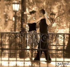 Argentine Tango. S)