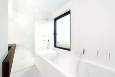 Bathroom by Fermetti ° wall/ floors epoxy white ° sink oak veneer + epoxy