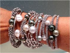 This is IT! ULTIMATE look! I love the stacked bracelets, nothing more elegant, classy and edgy at the same time...