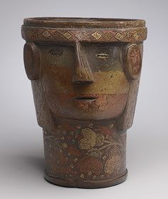 Kero tallada en la forma de una cabeza [Perú] (1994.35.26) | Heilbrunn…