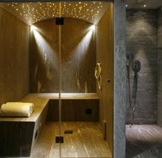 12 Modern Ways To Home Interior Design Step By Step Tivoli Lodge – Davos, Switzerland With its… Home Steam Room, Sauna Steam Room, Sauna Room, Chalet Design, House Design, Bathroom Spa, Bathroom Interior, Modern Bathroom, Jacuzzi
