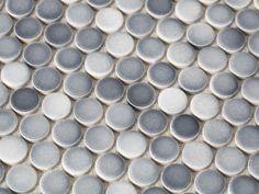 BPF_holiday-house_interior_choosing_kitchen_mosaic_backsplash_gradient_penny_round_tiles_h.jpg.rend.hgtvcom.1280.960.jpeg (1280×960)