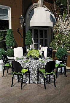 Lime Green, Black and White Wedding Style.