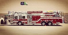 FEATURED POST   @firehouse_photography_ps -  Ladder 4 getting groceries beautiful rig. .  ___Want to be featured? _____ Use #chiefmiller in your post ... http://ift.tt/2aftxS9 . CHECK OUT! Facebook- chiefmiller1 Periscope -chief_miller Tumblr- chief-miller Twitter - chief_miller YouTube- chief miller .  #firetruck #firedepartment #fireman #firefighters #ems #kcco  #brotherhood #firefighting #paramedic #firehouse #rescue #firedept  #workingfire #feuerwehr  #brandweer #pompier #medic…