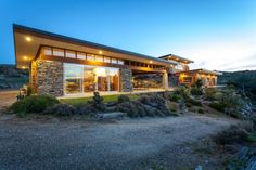El Toro, luxury home and retreat, Central Otago Central Otago, Luxury Real Estate, Luxury Homes, Architecture Design, Auction, Cabin, Mansions, House Styles, Home Decor