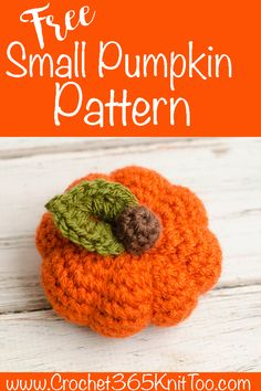 Small Crochet Pumpkin Pattern A small pumpkin pattern to crochet that is easy to make. Perfect for decorating your home or office for fall. Make in all your favorite fall colors! Thanksgiving Crochet, Crochet Fall, Quick Crochet, Holiday Crochet, Love Crochet, Crochet Geek, Crochet Toys, Small Crochet Gifts, Crochet Apple