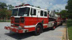 2000 Seagrave Articulated Ladder Truck with Harrison 10KW Generator…