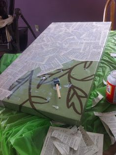 I loved the idea of reusing a piece of canvas from some art the I don't like anymore. The possibilities are ENDLESS! book pages, craft cave