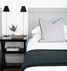 [New] The 10 Best Home Decor Ideas Today (with Pictures) Guest bedroom decor Decor, Dining Chair Slipcovers, Cool Rooms, Stylish Decor, Home Decor, Guest Bedroom Decor, Elegant Bedroom Decor, Guest Bedroom, Residential Interior