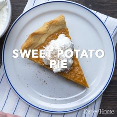 Sweet Potato Pie - Essen Videos - Healt and fitness Pie Recipes, Baking Recipes, Dessert Recipes, Easy Desserts, Delicious Desserts, Yummy Food, Tasty Videos, Sweet Potato Recipes, Easy Sweet Potato Pie