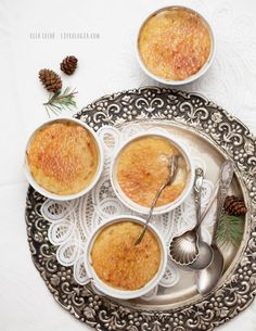 Beautiful guilt-free VEGAN CRÈME BRÛLÉE!!! + 24 page FREE recipe eBook