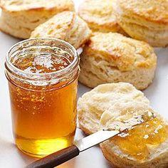 Jasmine Tea Jelly  (I LOVE the smell of Jasmine. Wonder if it would grow here?) cj Tea Recipes, Canning Recipes, Jelly Recipes, Canning Jars, Home Canning, Freezer Recipes, Churros, English Style, Caramel