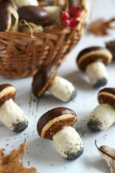 Juditka konyhája: ~ ÉDES VARGÁNYASÜTI ~ Hungarian Desserts, Hungarian Cake, Hungarian Recipes, Pavlova, Party Cakes, Diy Food, Food And Drink, Cooking Recipes, Tasty