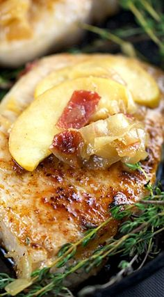 Pork Chops with Spiced Apples