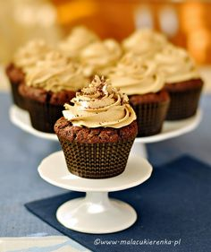 chocolate muffins with coffee cream Polish Recipes, Polish Food, Coffee Cream, Chocolate Muffins, Sweet Tooth, Deserts, Cooking Recipes, Cupcakes, Baking