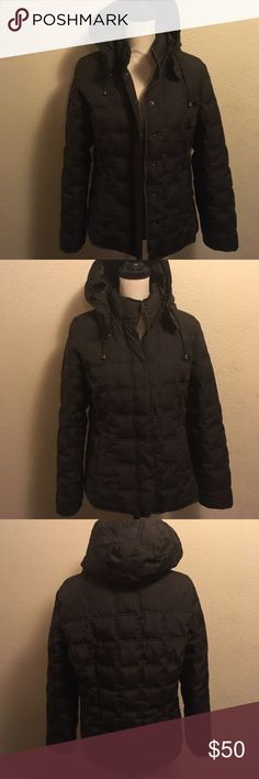 "Gap women's size M hooded warm Quilted coat This is in excellent used condition and is a Women's Size M. Coat comes from a smoke free home and buttoned measures 21"" across the front of bust and 24"" from top to bottom not including hood. Coat comes from a smoke free home. GAP Jackets & Coats Puffers"