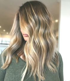 Long Wavy Ash-Brown Balayage - 20 Light Brown Hair Color Ideas for Your New Look - The Trending Hairstyle Brown Hair Looks, Golden Brown Hair, Light Brown Hair, Pretty Brown Hair, Bronde Hair, Balayage Hair, Haircolor, Brown Hair With Highlights, Hair Color Highlights