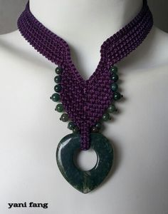 Simple purple and dark green stones..macrame necklace !