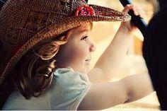 """""""Nunca ninguém conseguirá ir ao fundo de um sorriso de uma criança!..."""" (victor hugo)"""