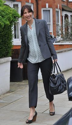 Expectant Samantha Cameron makes a stylish debut on best dressed list - Office chic in a pair of cropped grey trousers and a matching blazer Samantha Cameron, Suits Tv Shows, Curvy Fashion, Womens Fashion, Grey Trousers, Poor Children, Maternity Fashion, Vanity Fair, Street Style Women