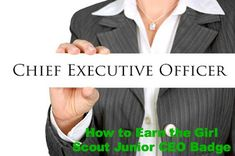 How to earn the Girl Scout Junior Cookie CEO badge. Lesson plan for an easy meeting to have during cookie season,