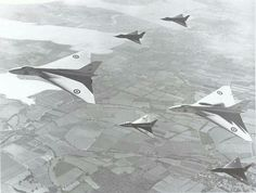 The 2 Avro Vulcan prototypes, VX770 and VX777, flying with four quarter-scale prototypes: two 707As (WD280 and WZ736), one 707B (VX790) and one 707C (WZ744),  on September 3rd 1953.