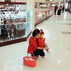 "Ngabuburit dulu kita...^^ ��""����������❤❤"" �� #momandme #babyclothes #babycostume #babyscool #cool #mybaby #mybabygirl #babyshop #babystyle #babycute #babycostume #BAYICANTIK #BAYILUCUINdonesia #bayilucu #biglove #bighug #instagram #instagrammers #instagood #photography #photoshoot #happymothersday #happyfun #qualitytime #awesome #arsylliapranata #babydoll #doll #anakselfie #lucuabis http://tipsrazzi.com/ipost/1523955950242526800/?code=BUmLdzLjHZQ"