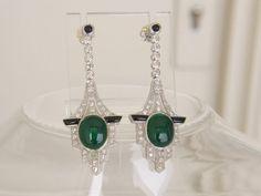 Catawiki Online-Auktionshaus: Weißgoldene Art Deco Ohrringe mit Diamanten, Jade und Onyx