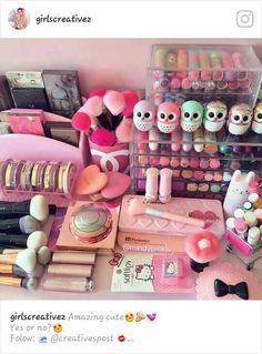 Trendy Makeup Room Goals Make Up Ideas Skin Makeup, Makeup Brushes, Beauty Makeup, Rangement Makeup, Make Up Storage, Unicorn Makeup, My Makeup Collection, Make Up Collection, Makeup Rooms