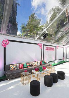 Caravents   Lounge under the LA palms   Photo Credit http://www.line8.net/