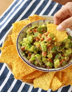 10 Ways To Make Delicious Guacamole | Crazy Food Blog