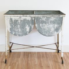 Hattie Double Sink | PropCellar | Vintage Rentals ~ Memphis & the Midsouth