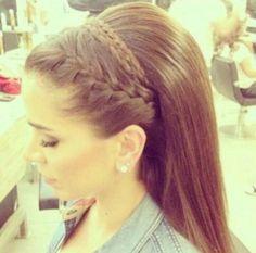 Diadema trenza cabello suelto