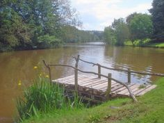1000 images about pond docks on pinterest ponds boat for Pond pier plans