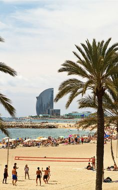 All sizes | Playa de la Villa Olímpica y Hotel Vela | Flickr - Photo Sharing!