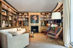 Mid-Century Modern Office and Study in Old Westbury, NY by Rees Roberts & Partners Study Office, Home Office, Interior And Exterior, Interior Design, Library Room, Built In Cabinets, Mid-century Modern, Contemporary, Bookcase