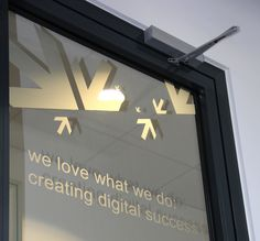 Creating Digital Success  www.twt.de