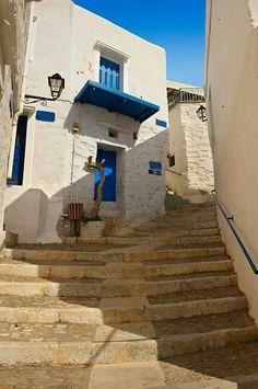 Pictures of Syros Island, Greece - Stock Photos Mykonos, Santorini, Syros Greece, Great Places, Beautiful Places, Empire Ottoman, Greece Photography, Greece Islands, Greece Travel