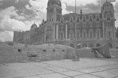 Spain - 1936. - GC - Madrid - Bunker en la Plaza de España de Madrid.