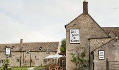 The Killingworth Castle - Woodstock Pub & Hotel Woodstock, Car Parking, Oxford, Castle, Sunday, Restaurant, Times, Building, Awesome