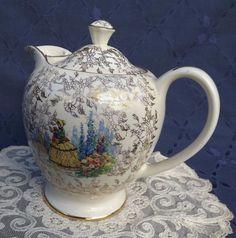 Sadler Ivory Ware Vintage Crinoline Lady Hot Water Jug/Coffee Pot/Teapot