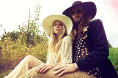 theodora richards / rylan perry hippie wedding